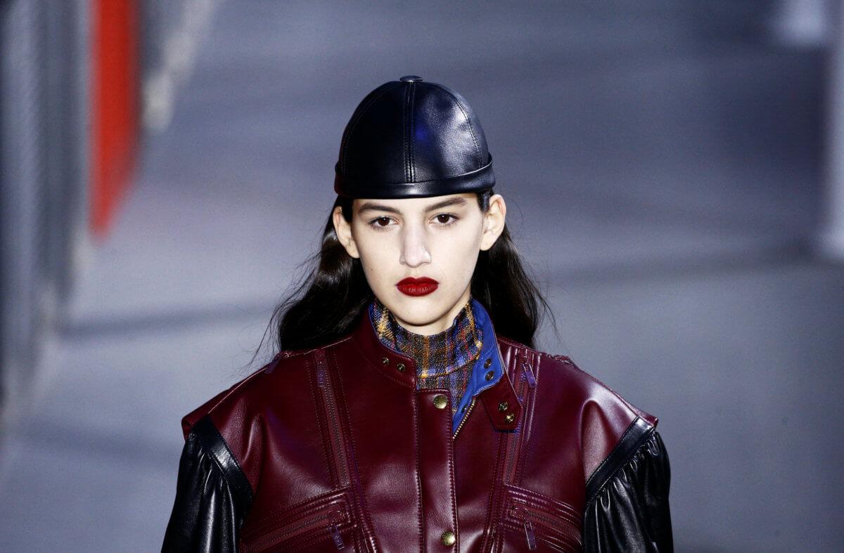 Αποτέλεσμα εικόνας για Louis Vuitton παρουσίασε το ντεφιλέ του σε δύο μουσεία