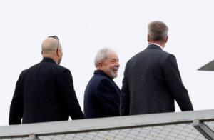 Βραζιλία: Ο Λούλα όλο χαμόγελο πηγαίνει …στην κηδεία του 7χρονου εγγονού του! [pics]