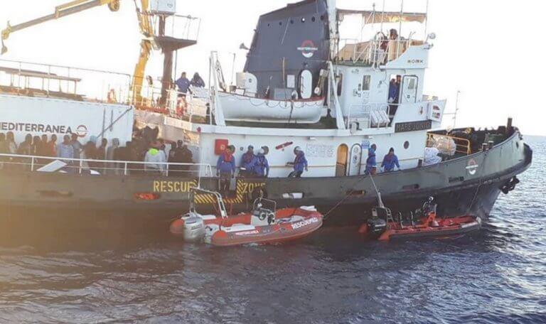 Ιταλία: Κατάσχεσαν το πλοίο που διέσωσε από πνιγμό δεκάδες μετανάστες!