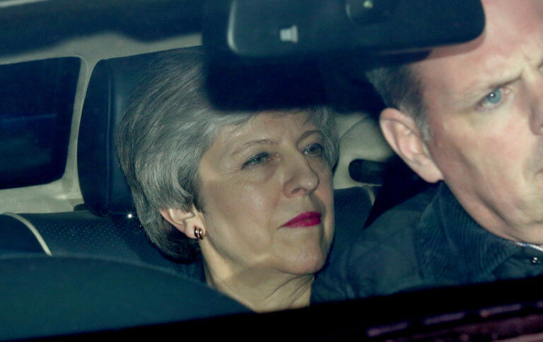 Brexit: Ψηφίστε τη συμφωνία και παραιτούμαι μετά τις 22 Μαΐου