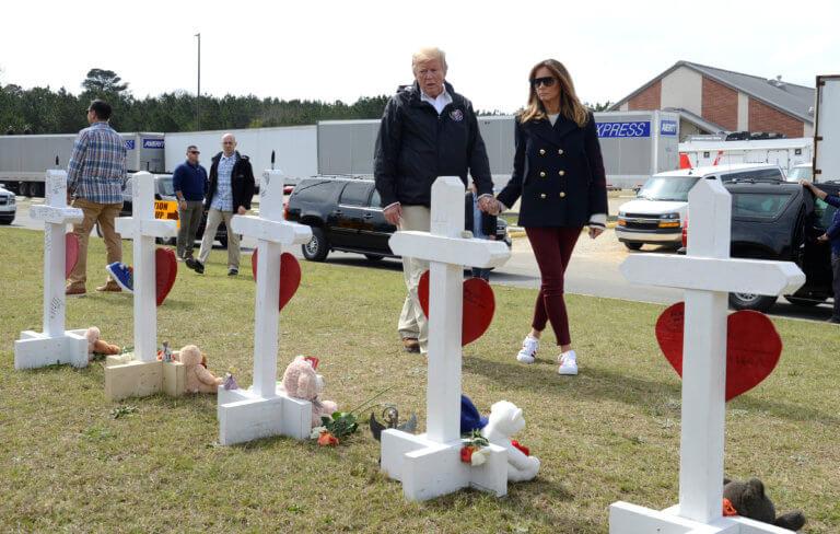 Η Μελάνια δεν είναι η Μελάνια! Σάλος από μια φωτογραφία του προεδρικού ζεύγους!
