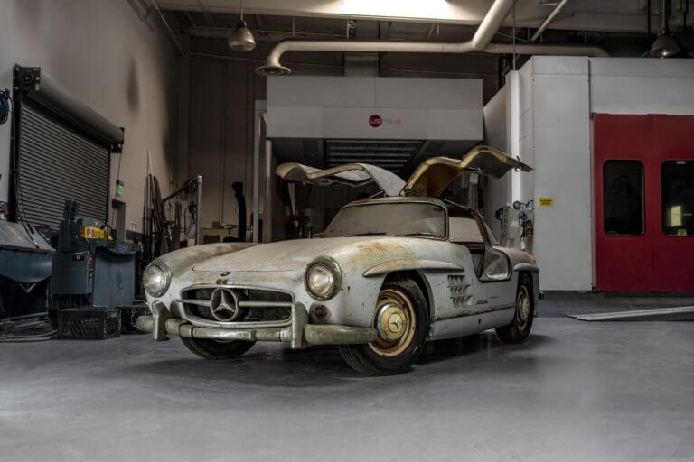 Αυτή η Mercedes-Benz 300 SL Gullwing είναι ο ορισμός του «barn find» | Newsit.gr