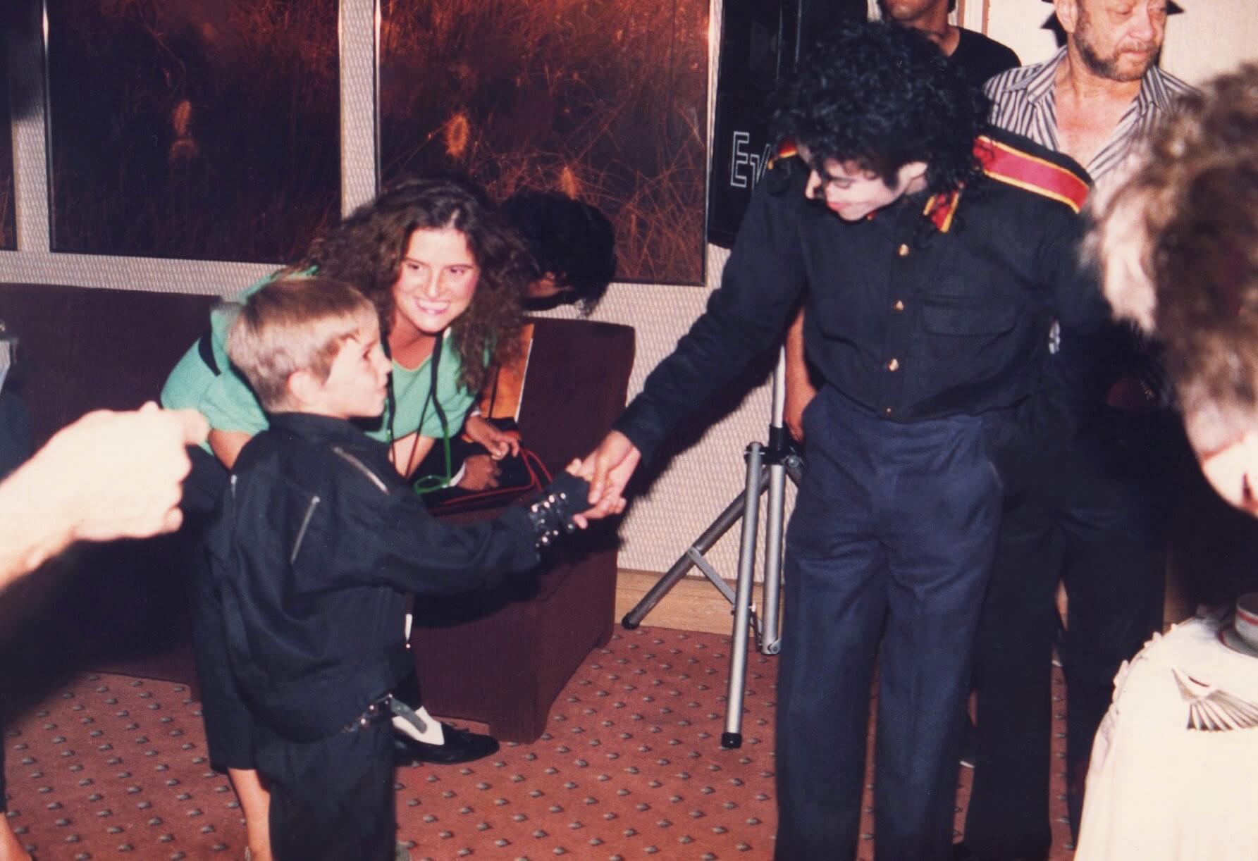Michael Jackson: Βιογράφος του ξεσπά! «Λένε ψέμματα»