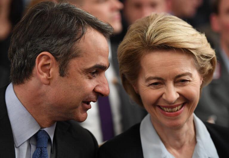 «Διπλό ταμπλό» από την Γερμανίδα Υπ. Άμυνας – Έπαινοι για τον Μητσοτάκη και…αποθέωση της κυβέρνησης για τη συμφωνία των Πρεσπών | Newsit.gr