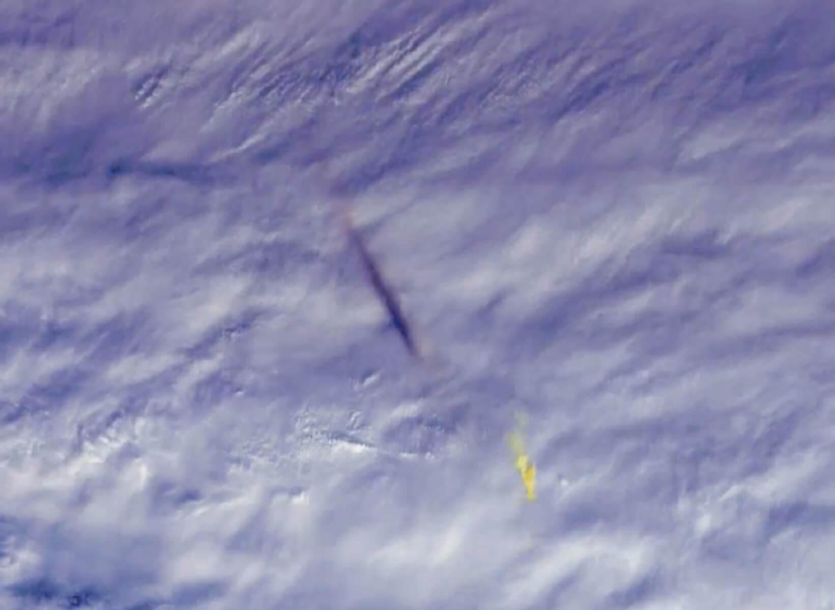 Δέος! Οι φωτογραφίες της NASA από την έκρηξη του μετεωρίτη πάνω από τη Βερίγγεια Θάλασσα