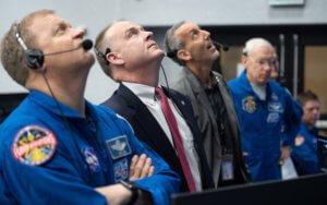 Η NASA επιστρέφει στην Σελήνη!