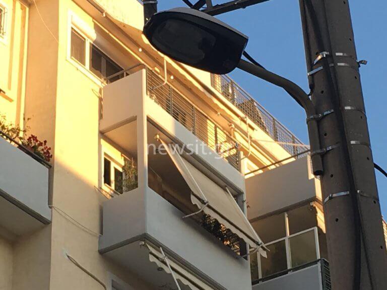 Νέος Κόσμος: Ένας φόνος και μια αυτοκτονία! Πέταξε το παιδί της από τον 5ο και βούτηξε στο κενό [pics] | Newsit.gr