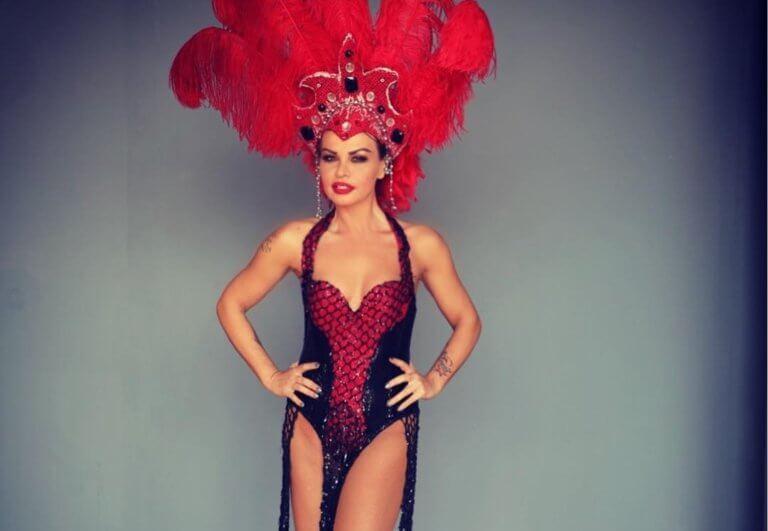 Νίνα Λοτσάρη: Γιατί φόρεσε αυτό το σέξι εντυπωσιακό κοστούμι; [pic]