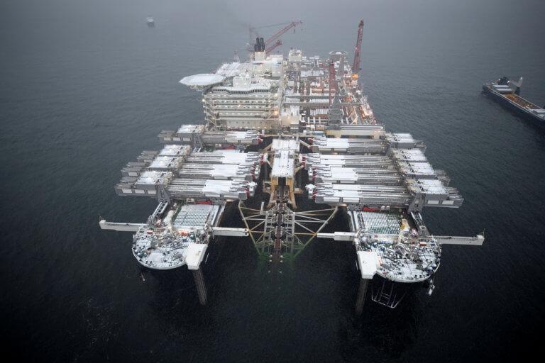 """""""Τρέχει"""" ο αγωγός φυσικού αερίου Nord Stream-2! Έτοιμα ήδη 800 χιλιόμετρα"""