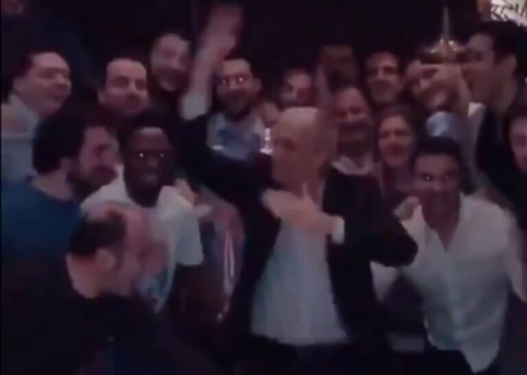 Έξαλλο γλέντι από Ομπράντοβιτς! Χόρευε και τραγουδούσε στην Τουρκία- video