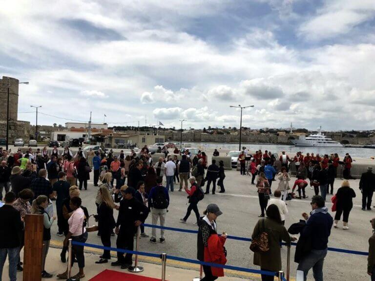 Ρόδος: Στο νησί το πρώτο κρουαζιερόπλοιο της φετινής τουριστικής περιόδου