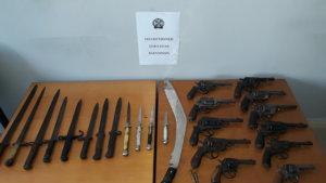 Ιωάννινα: Σάκος με οπλισμό εντοπίστηκε σε δασώδη περιοχή στο Καλπάκι [pics]
