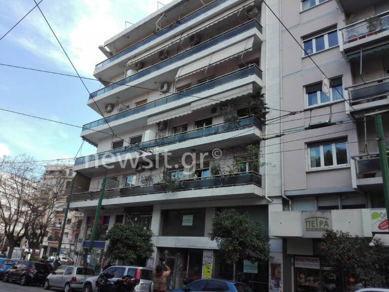 Τραγωδία στο Παγκράτι: Νεκρή η γυναίκα που έπεσε από μπαλκόνι | Newsit.gr