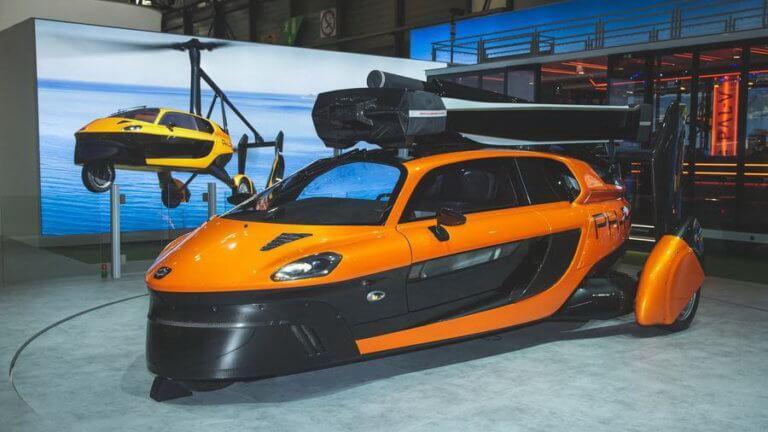 Το πρώτο ιπτάμενο αυτοκίνητο εμφανίστηκε στο Σαλόνι της Γενεύης [vid] | Newsit.gr