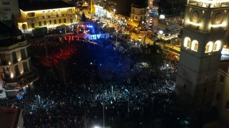 Χιλιάδες νέοι και νέες στις αποκριάτικες εκδηλώσεις του δήμου Κοζάνης