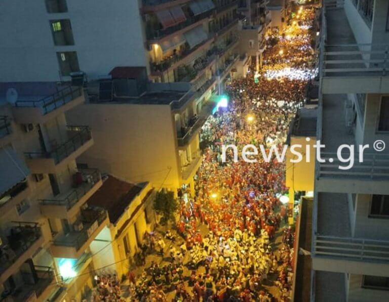 Πατρινό Καρναβάλι: Χαμός στην νυχτερινή παρέλαση! video | Newsit.gr