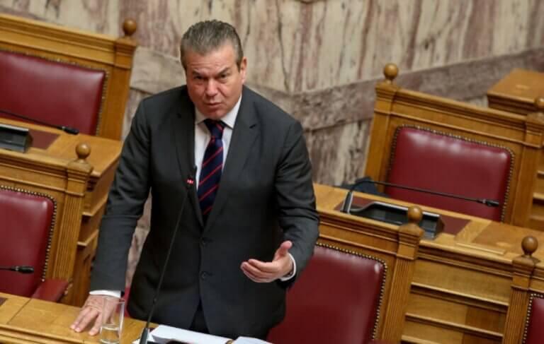 """ΝΔ – Απαντά στον Τάσο Πετρόπουλο για """"κόσμο που έτρωγε απ' τα… σκουπίδια πριν τον ΣΥΡΙΖΑ""""! – video   Newsit.gr"""