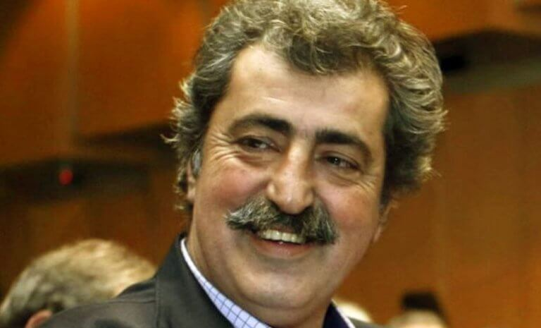 """Ο Πολάκης """"τρολάρει"""" την ΠΟΕΔΗΝ για την γκάφα με το """"ντου"""" σε λάθος υπουργείο"""