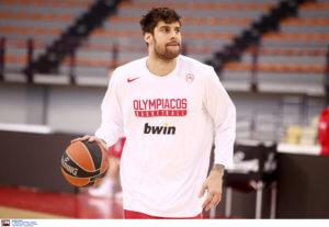 ΑΕΚ – Ολυμπιακός: Νοκ άουτ ο Πρίντεζης!
