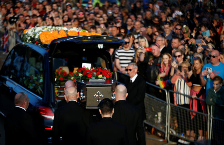 Με μουσική στο «φουλ» η κηδεία του Kith Flint των Prodigy – video
