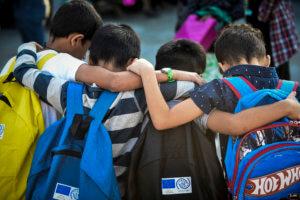 Γρεβενά: Δεν στέλνουν τα παιδιά τους στο σχολείο γιατί το απόγευμα κάνουν μάθημα προσφυγόπουλα