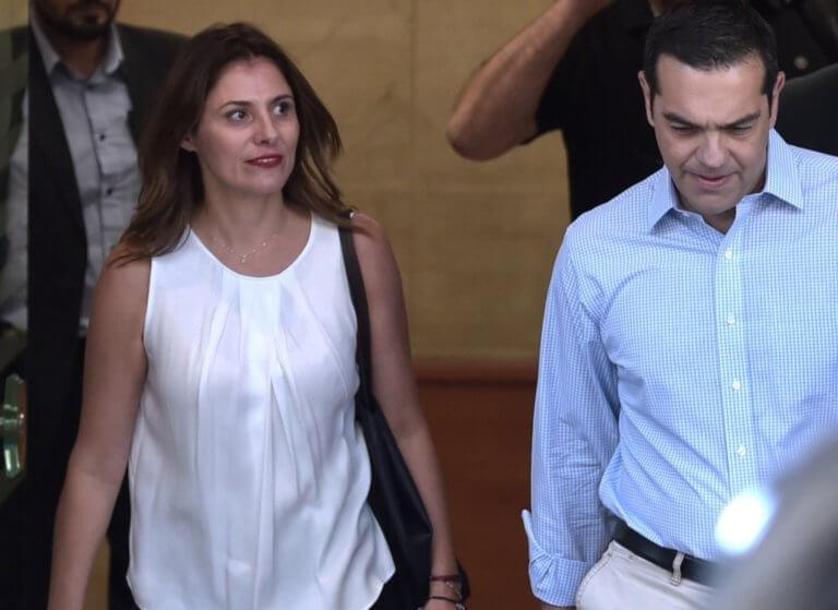 Στη Μάνη ο πρωθυπουργός με την γυναίκα του για Καθαρά Δευτέρα