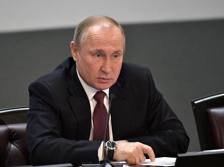 Ο πυρηνικός εφιάλτης επιστρέφει! Ο Πούτιν υπέγραψε την αναστολή της Συνθήκης INF | Newsit.gr