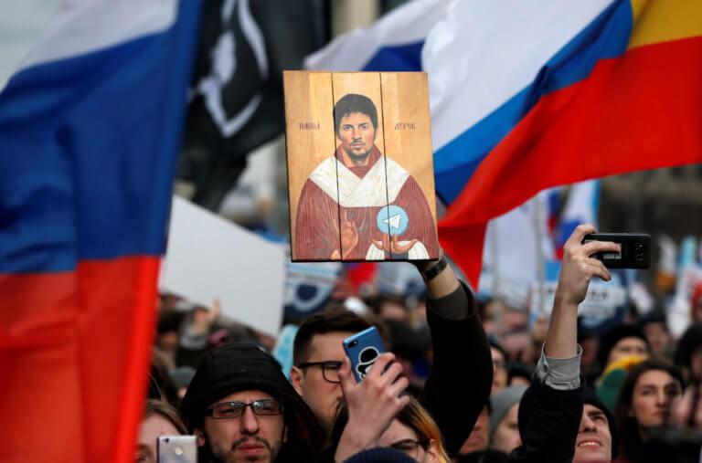 """Ρωσία: """"Ο Πούτιν ψεύδεται""""! Ογκώδεις διαδηλώσεις για τους περιορισμούς στο διαδίκτυο!"""