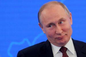 """Όλη η Ρωσία… τρολάρει το νομοσχέδιο για την """"πάταξη"""" των fake news!"""