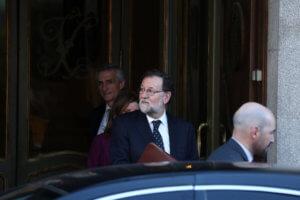 Ισπανία: Στοιχεία που «τσουρουφλίζουν» τον Ραχόι για τις πλαστές κατηγορίες σε βάρος των Podemos