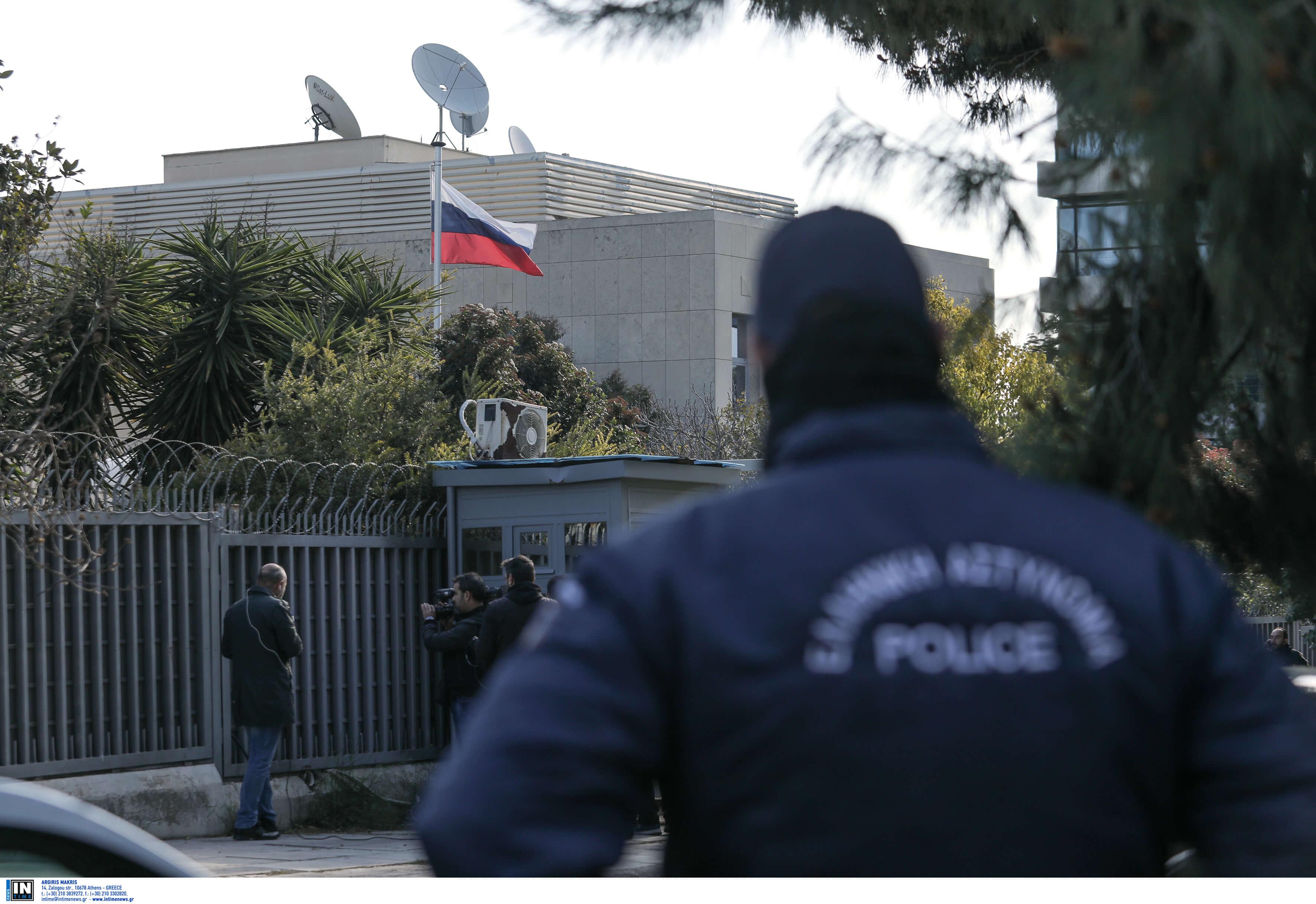 Έκρηξη χειροβομβίδας στο ρωσικό προξενείο στο Χαλάνδρι – Που στρέφονται οι έρευνες της αντιτρομοκρατικής