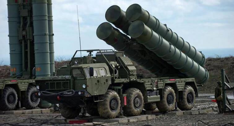 """Αυτός είναι ο λόγος που ο Ερντογάν είναι """"κολλημένος"""" με τους πυραύλους S-400 του Πούτιν"""