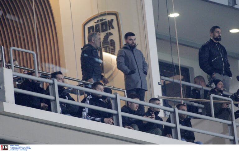 ΠΑΟΚ: Επική φωτογραφία με Σαββίδη ντυμένο τσολιά!
