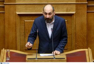 """Βουλευτής ΣΥΡΙΖΑ: """"Επικίνδυνη αυθαιρεσία"""" ο σταυρός στην ακτή Απελή στη Λέσβο"""