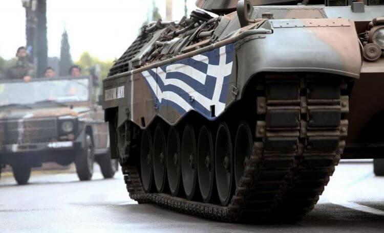 Φορτηγό τράκαρε λεωφορείο που μετέφερε στρατιώτες για την παρέλαση!