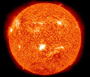 Πανίσχυρη ηλιακή καταιγίδα μπορεί να ξαναχτυπήσει τη Γη