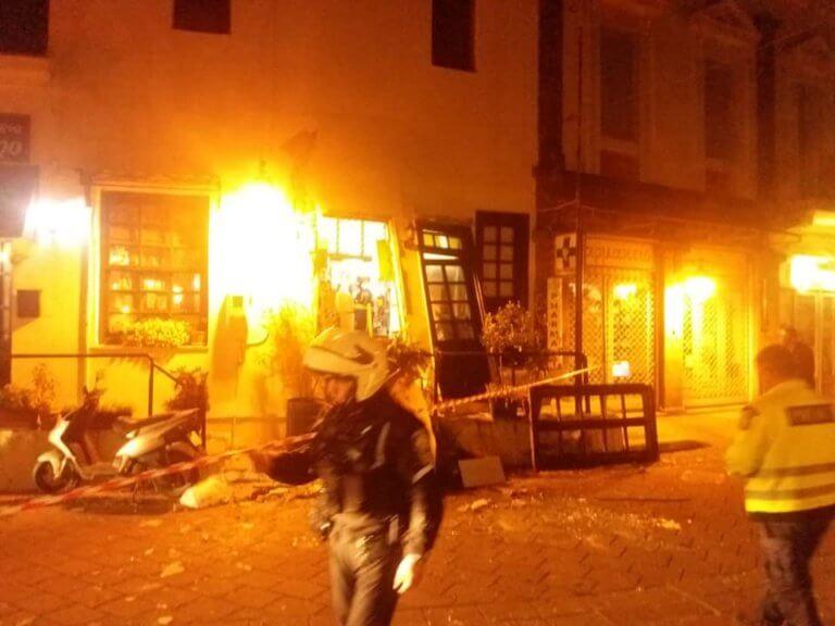 Πανικός στη Μυτιλήνη! Ένας τραυματίας από έκρηξη σε ταβέρνα – video, pics