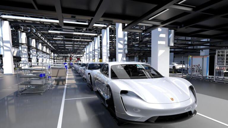 Porsche: 20.000 πελάτες έκαναν ήδη προ-κράτηση για την Taycan | Newsit.gr