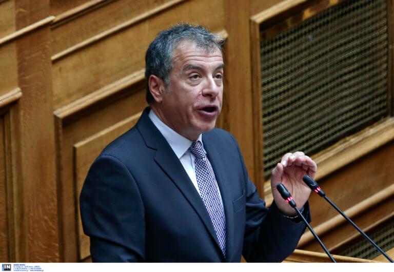 Θεοδωράκης: Η ψήφος για τη Βόρεια Μακεδονία δεν είναι συγχωροχάρτι για τον ΣΥΡΙΖΑ