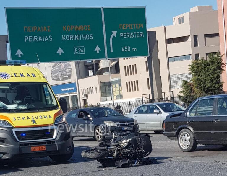 Σοβαρό τροχαίο στον Κηφισό! «Λιώμα» η μηχανή – Έχασε τις αισθήσεις του ο οδηγός | Newsit.gr