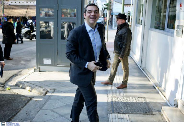 ΣΥΡΙΖΑ: Στόχος να βαφτεί ροζ ο χάρτης το βράδυ των αυτοδιοικητικών εκλογών | Newsit.gr
