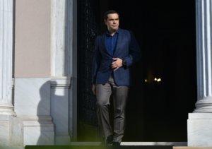 Τσίπρας εναντίον Μαρινάκη – Σφοδρή επίθεση με καταγγελίες για απειλές
