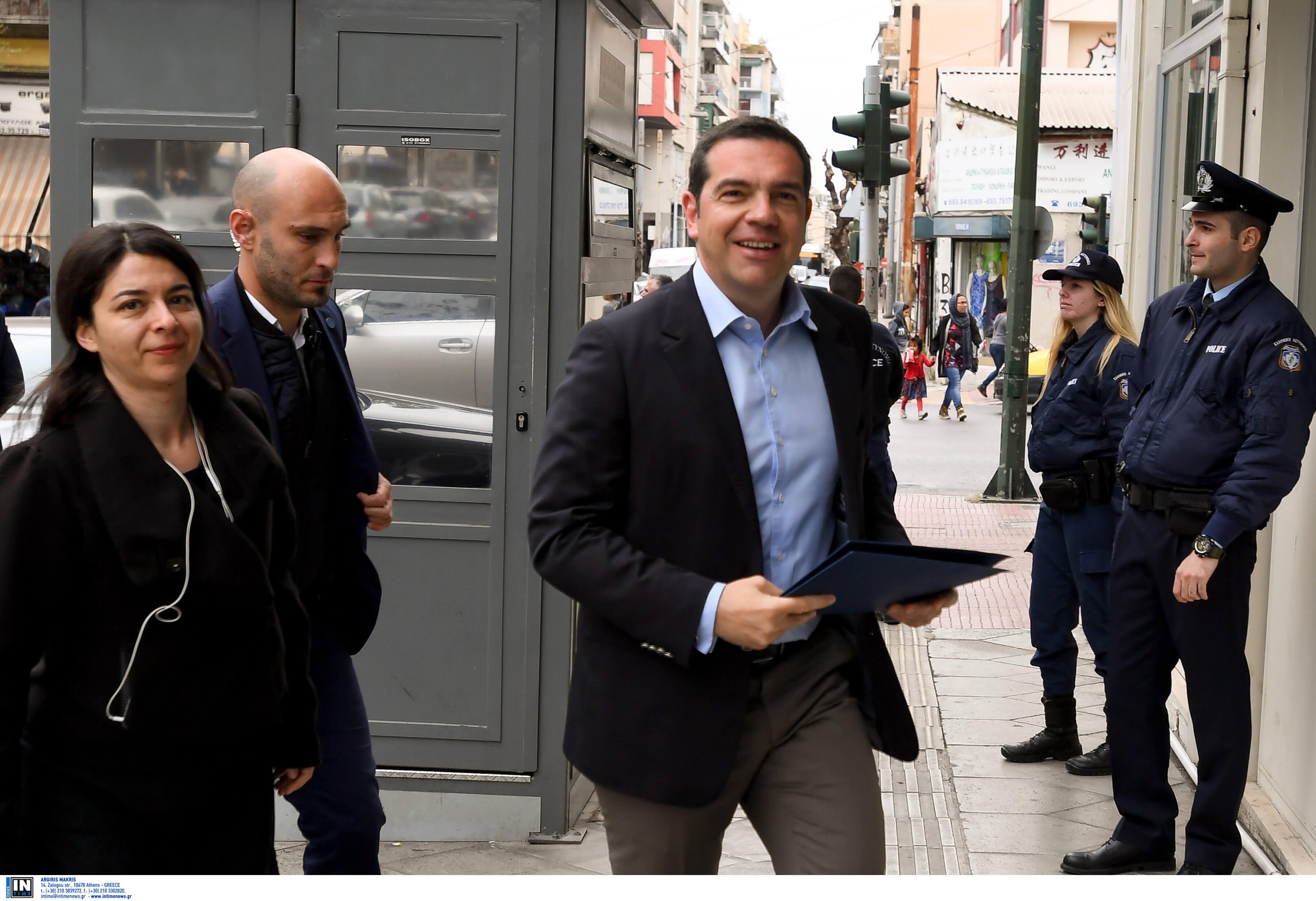 Με Αρβανίτη, Πλουμπίδη, Πελεγρίνη, Τσάτσου και Λοΐζου και τους τρεις νυν ευρωβουλευτές του κατεβαίνει ο ΣΥΡΙΖΑ στις ευρωεκλογές