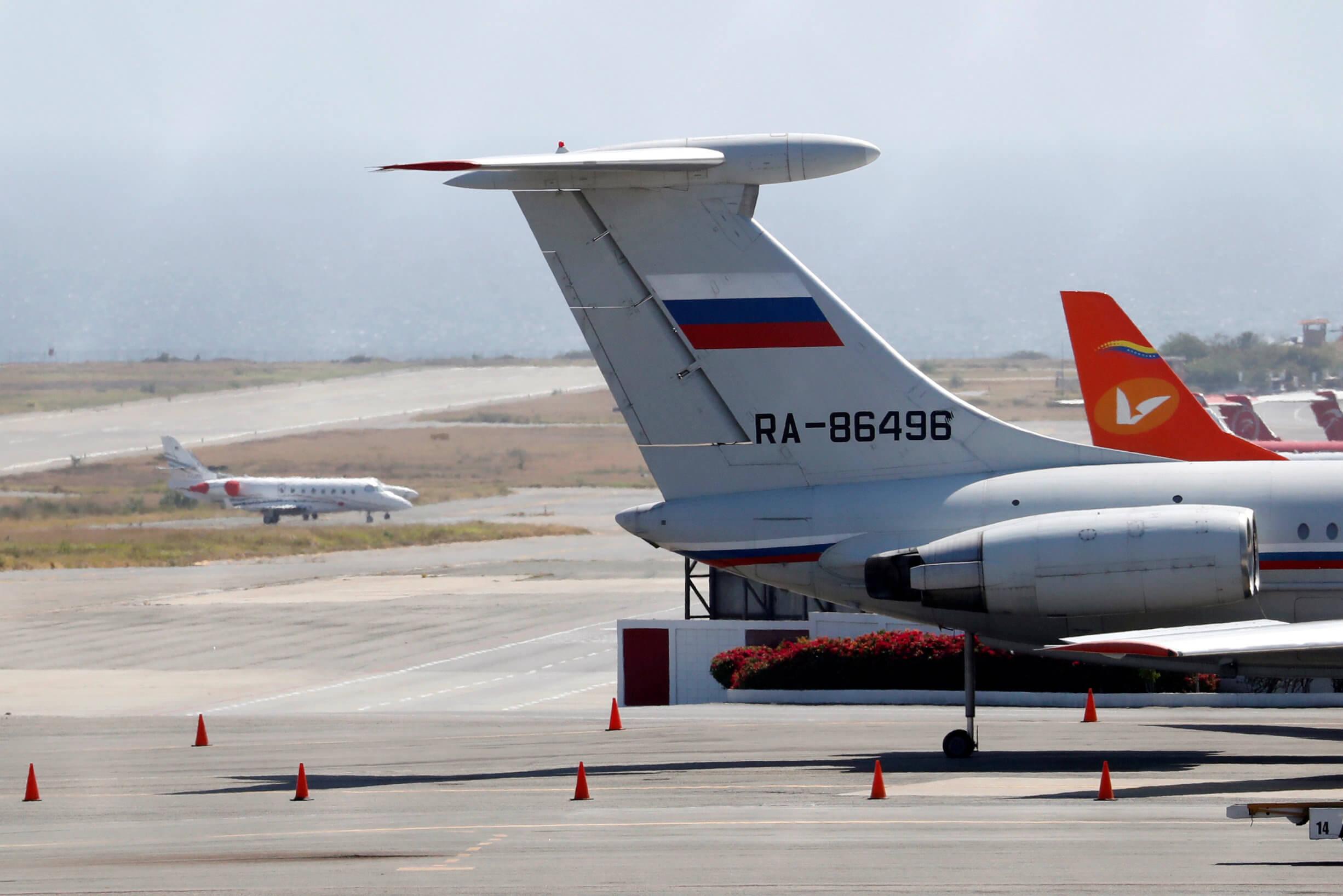 Βενεζουέλα: Εξηγήσεις της Μόσχας για την παρουσία Ρώσων στρατιωτικών
