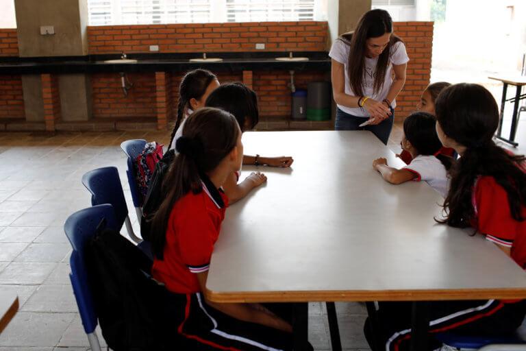 Βενεζουέλα: No ρεύμα, no… σχολείο!