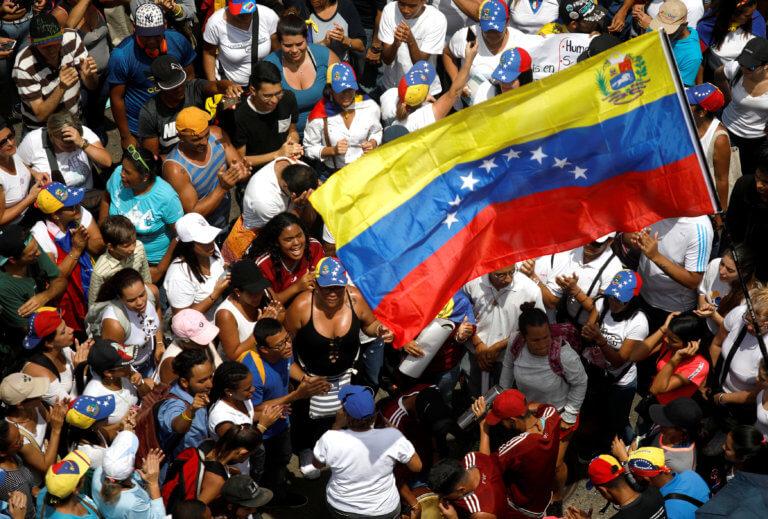 Σταθερά υπέρ ελεύθερων δημοκρατικών εκλογών στη Βενεζουέλα η ΕΕ