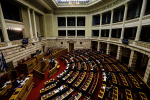 Στο νομοσχέδιο των 120 δόσεων και τα μέτρα προστασία για τους ντελιβεράδες