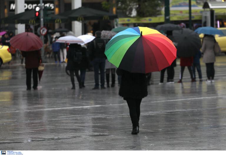 Καιρός: Βροχές και καταιγίδες στη… μισή χώρα