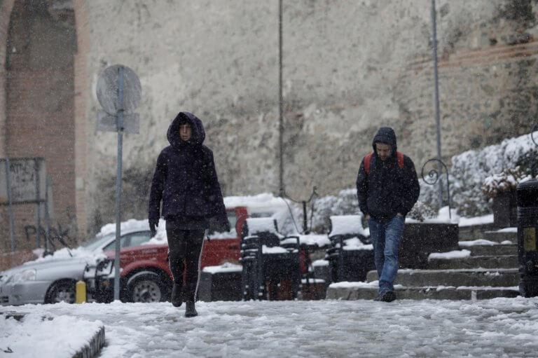 Καιρός: Από Άνοιξη… Χειμώνας με βροχές αλλά και χιόνια αύριο Τρίτη (12.3.2019)! | Newsit.gr