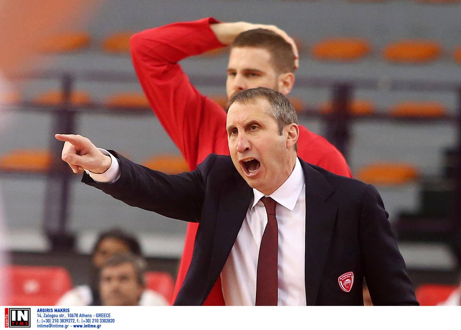 """Ολυμπιακός: Τα… έχωσε ο Μπλατ! """"Ντροπή και έλλειψη σεβασμού η διαιτησία στο ΟΑΚΑ"""""""